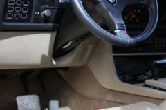 Steering-Wheel-M-BMW-635-csi-1986
