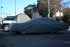 Lincoln-Continental-under-cover