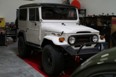 White-Toyota-FJ40-in-the-garage