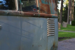 Behind-of-a-Patina-kleinbus-1957