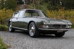 Maserti-QUattroporte-classic-car-front