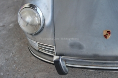 Porshce-912-front-light-rust-patina