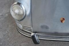 Porshce-912-front-light-rust-patina