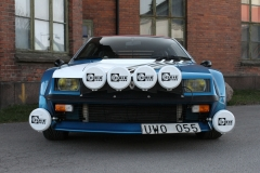 Blue-Renault-Alpine-A310-front-with-extra-lights