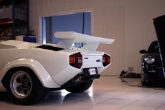 Lamborghini-Countach-White-Garage-Behind