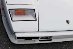 LAmborghini-Countach-white-front-right