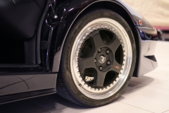 LAmborghini-DIabo-Right-front-Wheel-close-up