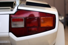 Lamborghini-Countach-Rear-White-Garage-Tail-light