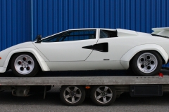 Lamborghini-Countach-White-on-Trailer