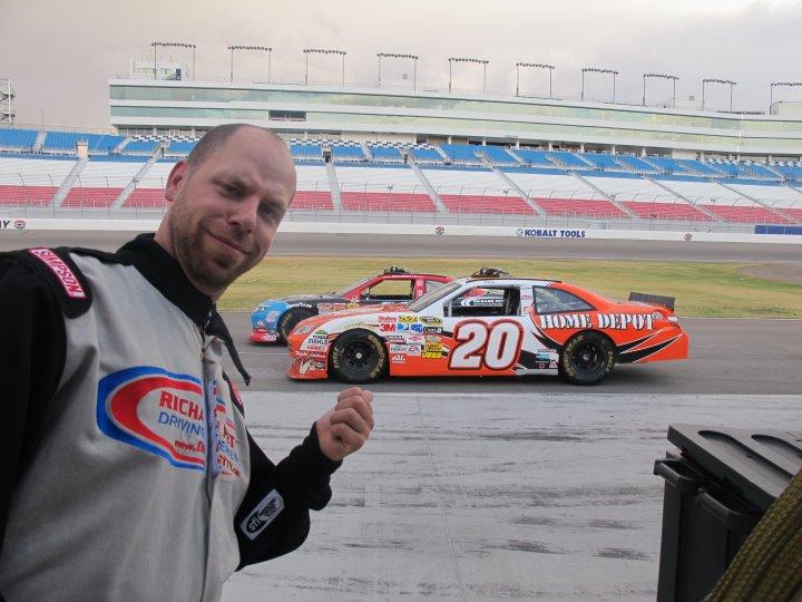 Fascinating Cars Peter på sin roligaste åktur någonsin när 25 lopp avverkades på Las Vegas Speedway och Nascar