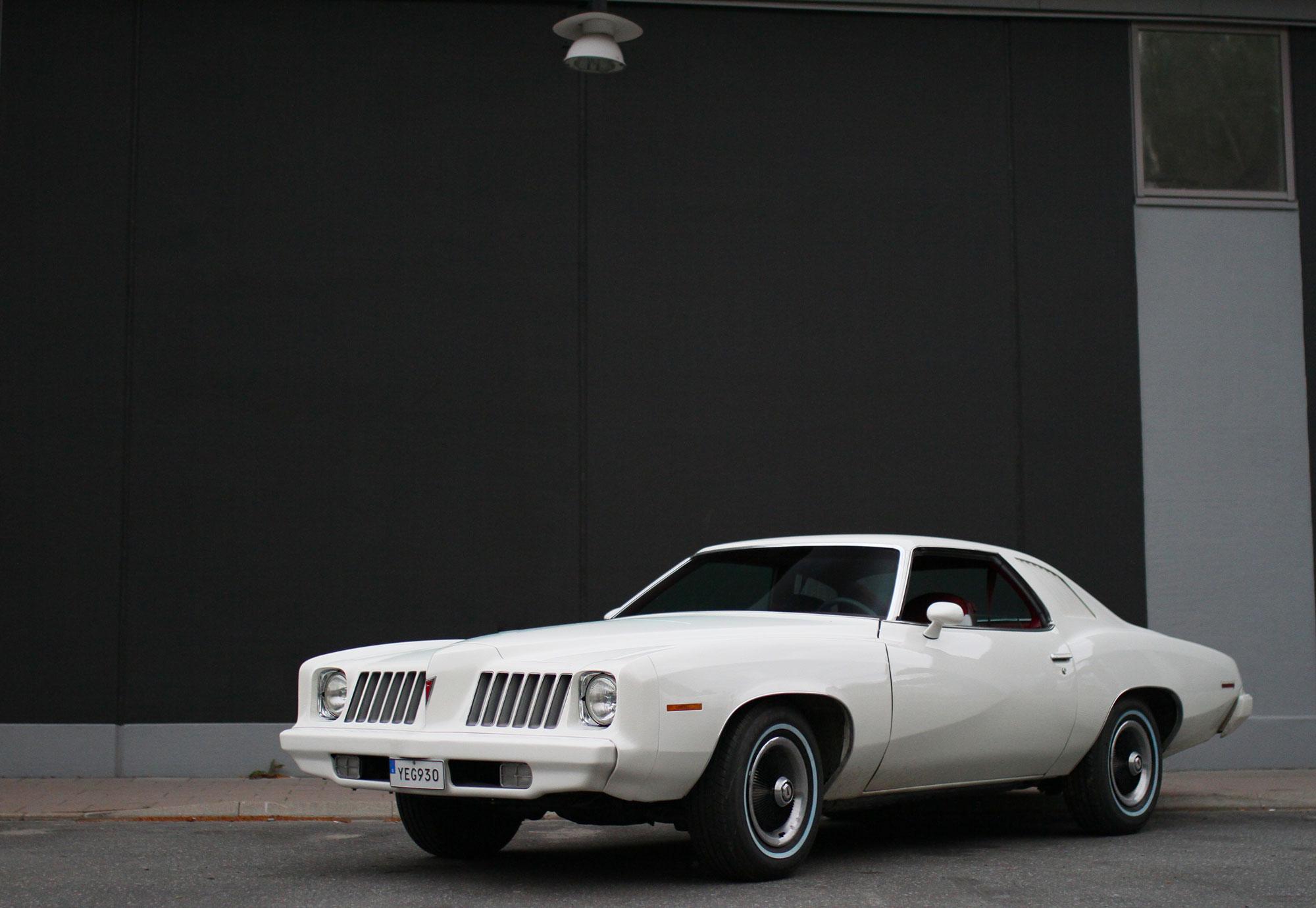 Pontiac Grand Am front