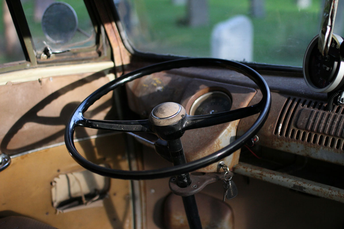 Original Steering wheel on a patina kleinbus