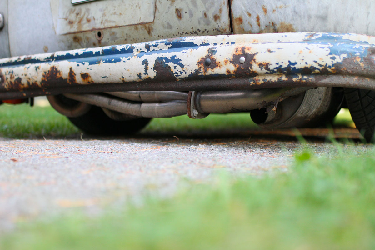 custom made exhaust pipe of a klienbus from 1957