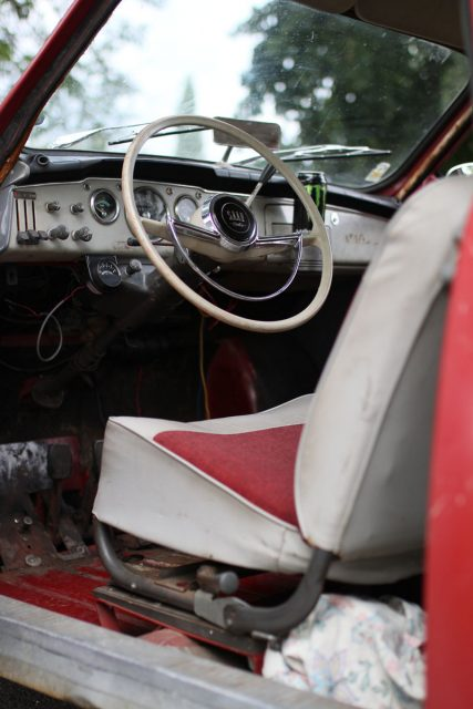 driver seat in a saab 96