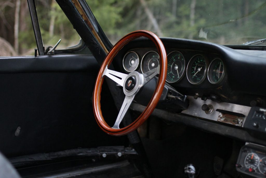 Nardi Steering Wheel in a Rusty Porsche 912