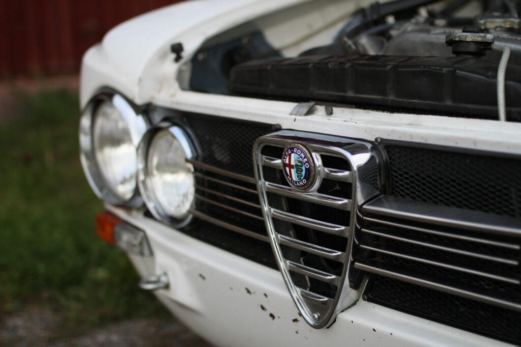 Alfa Romeo Badge Giulia 1300TI