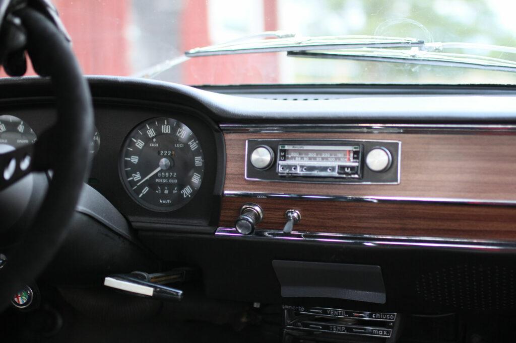 Wooden dashboard Giulia