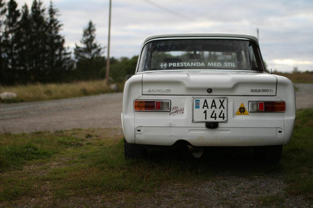 Giulia 1300 TI behind