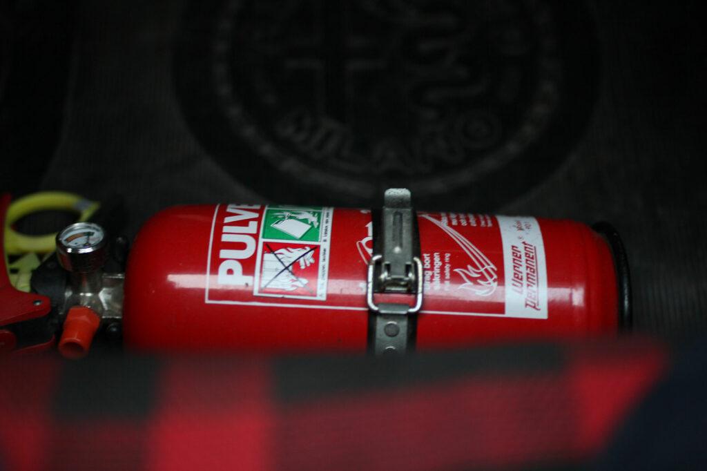 fire-extinguisher-Alfa-Giulia-1300