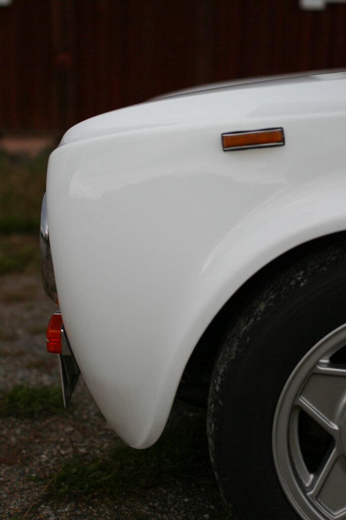 FRont left fender of a Alfa Romeo Giulia 1300TI