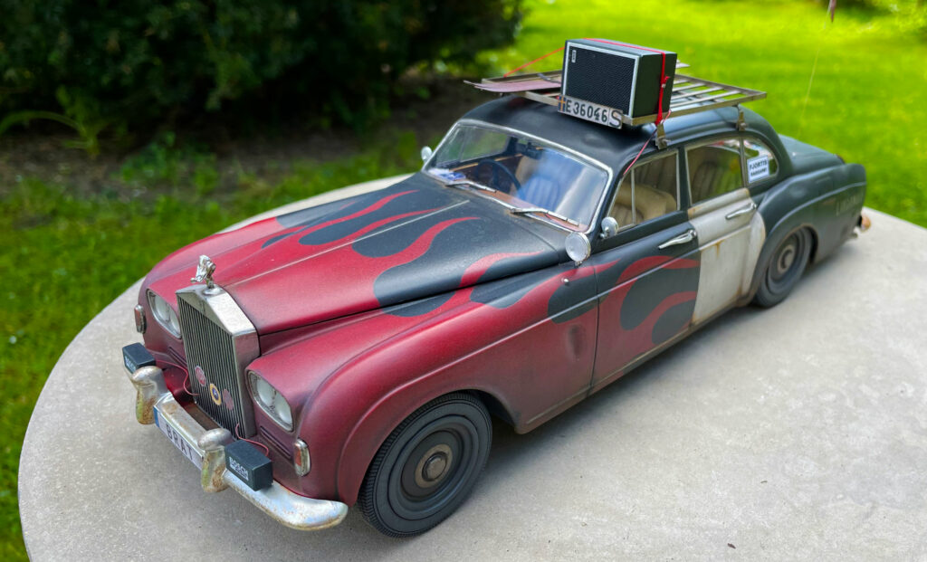 Rolls-Royce-Silver-Spure-front-model-original-MCG