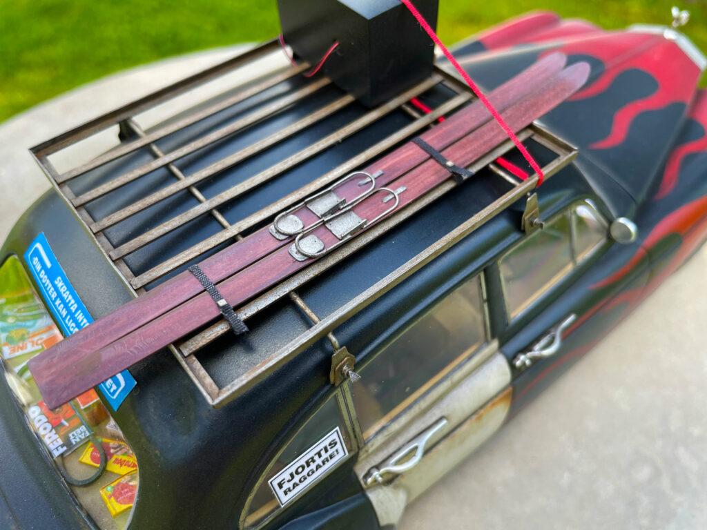 Rolls-Royce-Silver-Spure-roof-rack-model-original-MCG